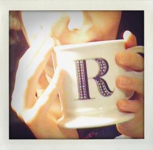 """""""R mug"""""""