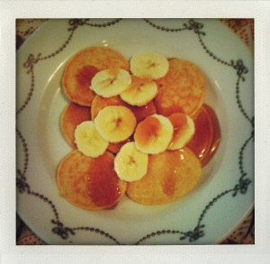 """cottage cheese pancakes with bananas"""