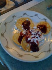 """cottage cheese pancakes with jam"""