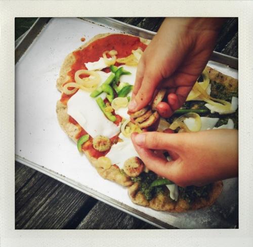 """Clay's pizza"""