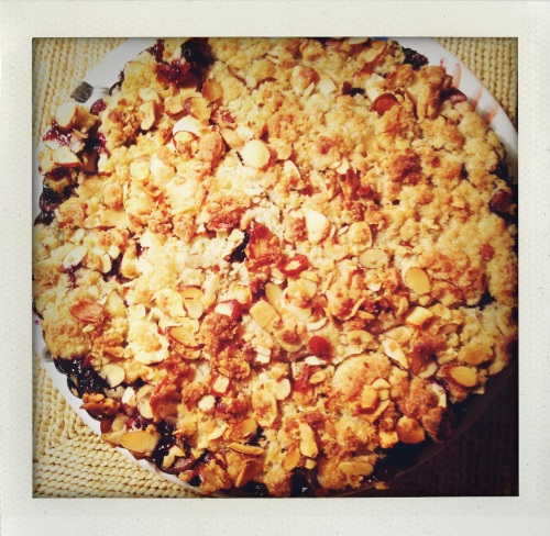 """Laura's Mixed Fruit Crumble"""