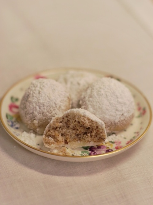 Pecan Mexican wedding cookies