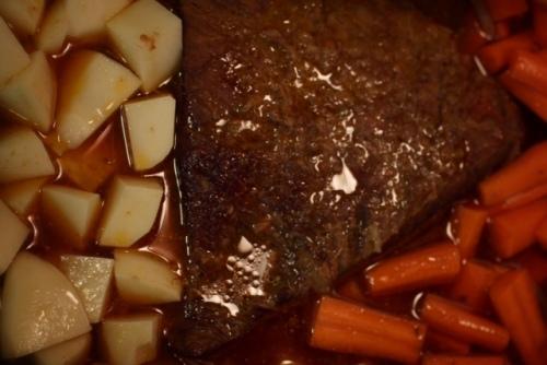 Adding vegetables to brisket