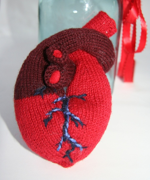 Anatomical knitted heart by Hilary Zaloom