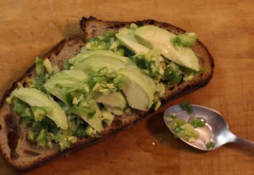 Avacodo toast with green sauce made of ginger, scallions and avocodo oil